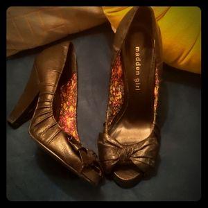 Black Madden Girl Vintage Style Peep Toe Heels